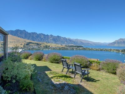 Photo for 3BR House Vacation Rental in Queenstown Hill, Queenstown