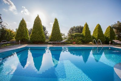 Alkyoni villa- Swimming pool for adults and children