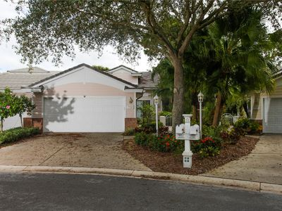Photo for 2 bedroom 2 bath villa overlooking the 14th hole at University Park!