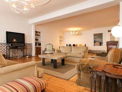Photo for Sé Vintage Style apartment in Baixa/Chiado with WiFi & air conditioning.