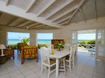 Inchcape Seaside Villas right on Silver Sands Beach - Sunrise 2 bedroom house right on the water's edge