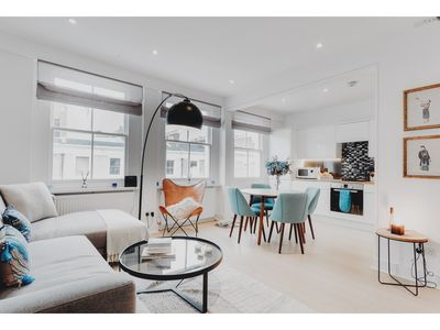 Photo for Luxurious 3bed Apartment in Central London, Sleeps 6
