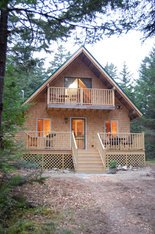 A renovated cabin on 3 acres of maine woods vrbo for Cabin rentals in maine with hot tub