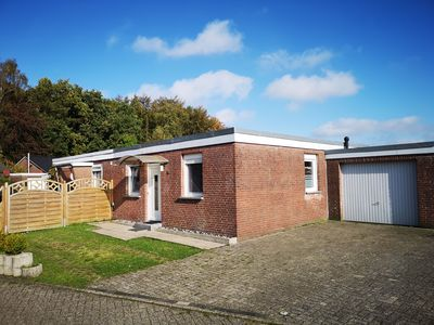 Photo for Bungalow at the holiday park Berumbur 10 minutes from Norddeich