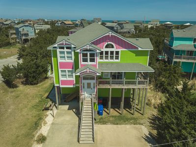 3 Story 3600.00 square ft