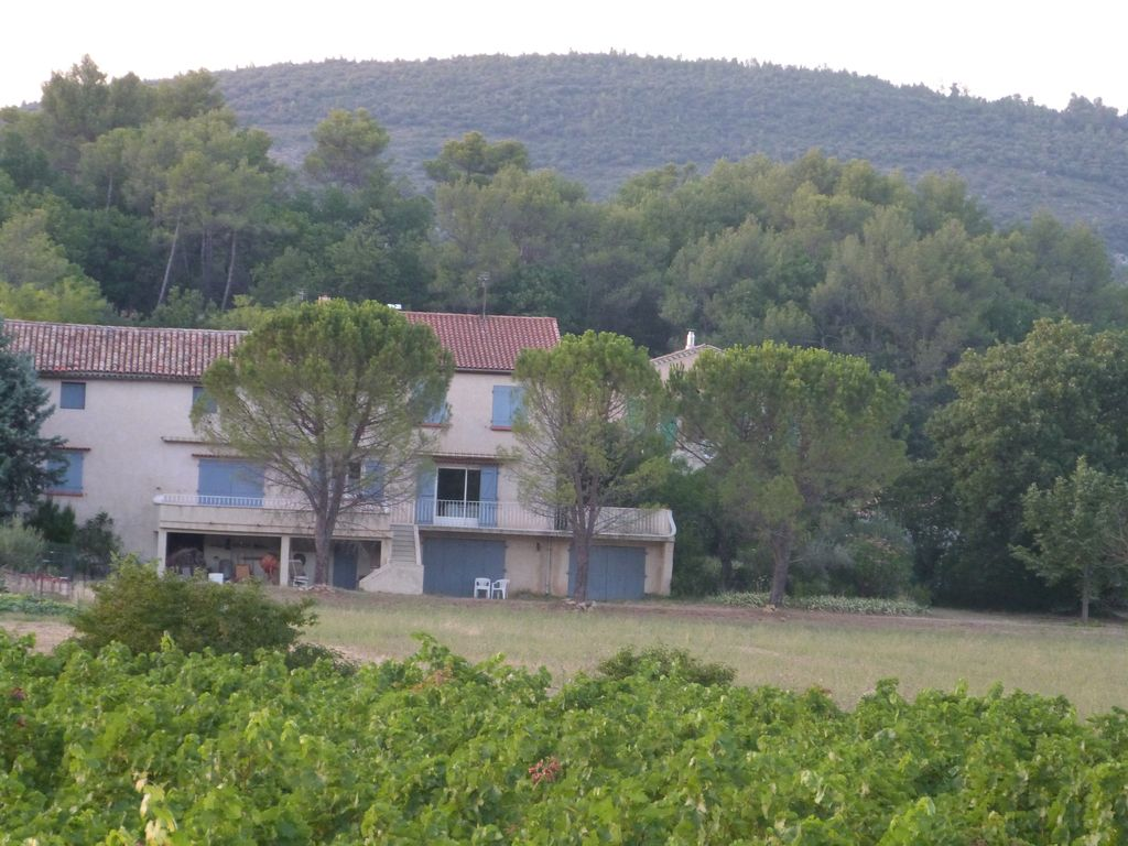 Very pretty village house brignoles var provence for Very pretty houses