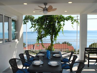 Photo for Great Seaview Apartment just 150m from the beach, Large Dining Terrace