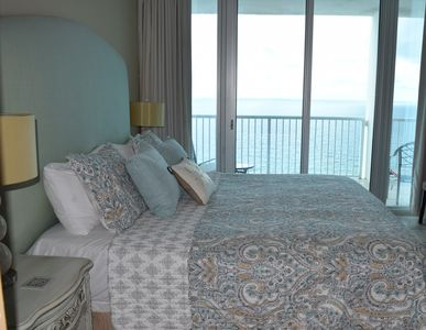 Photo for 3BR/3BA Breathtaking Beachfront Luxury Condo-2 MASTER SUITES-Save on Spring 🐬⛱