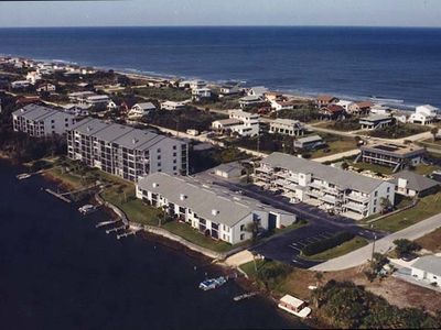 Enjoy the best of the Ocean and Indian River from our top floor unit.