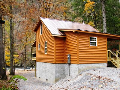 Photo for River Escape - 2 bdrms/2 baths, wood fireplace, hot tub, Wifi, DIRECT RIVER ACCESS