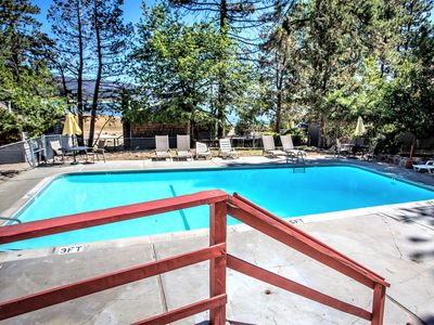 Photo for Country house 542 m from the center of Big Bear Lake with Parking, Internet, Pool, Balcony (983640)