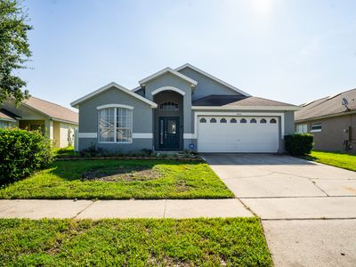 Photo for Completely Updated 5 bedroom Pool/Spa Home Privacy Fence!