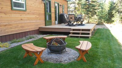 Black Bear Cottage backyard