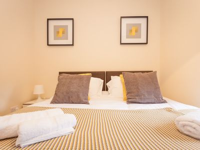 Photo for 1 Bedroom Apartment In Heart Of High Wycombe