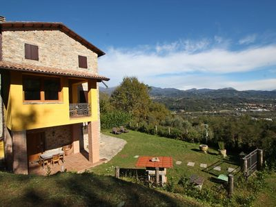 Photo for Beautiful private villa with WIFI, TV, terrace, pets allowed, panoramic view and parking