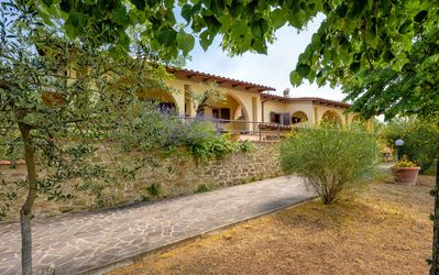 Photo for 3BR Country House / Chateau Vacation Rental in Loro Ciuffenna (AR), Toscana