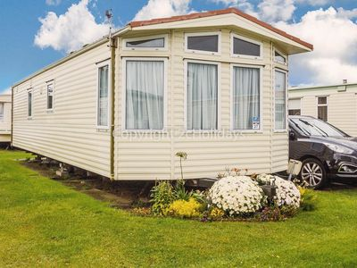 Photo for Luxury 6 berth caravan for hire by the beach in Norfolk ref 50027