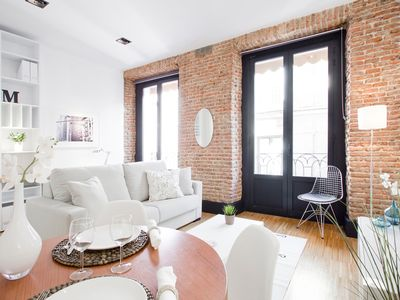 Photo for Stylish and modern one bedroom apartment