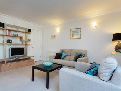 Photo for 1 BR with private balcony. Across the river from Big Ben and Westminster (Veeve)