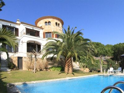 Photo for Club Villamar - Lovely villa for 8 persons with private pool near the beach