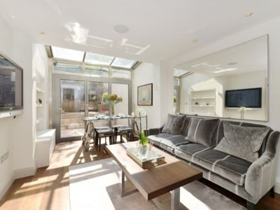 Photo for LUXURIOUS 1 BEDROOM BELGRAVIA APARTMENT