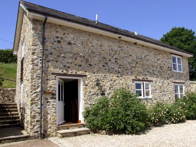 Photo for 2BR Cottage Vacation Rental in Honiton