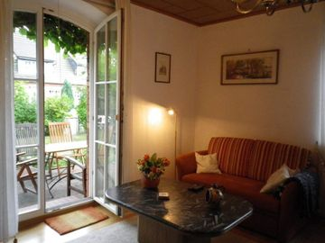 Search 940 holiday lettings