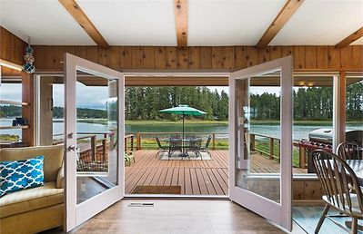 Charming Waterfront Retreat on the Puget Sound / Case Inlet -  Allyn-Grapeview