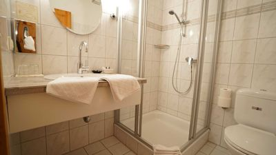 Photo for Double room on the ground floor - Am Heverstrom