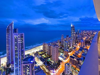 Photo for Sub Penthouse WOW! Sleeps 8! Heart of the City!