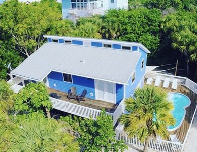 Photo for NEW RENTAL!  SMUGGLERS HIDEAWAY - PRIVATE POOL - HOT TUB - CLUB ACCESS - Sleep 7