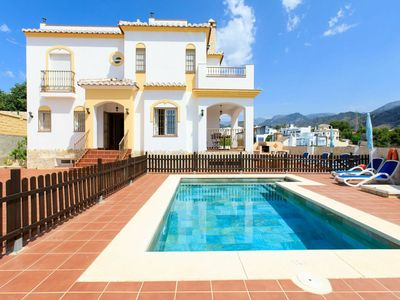 Photo for Stunning private villa for 6 people with private pool, A/C, WIFI, TV and parking
