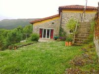 Lovely retreat in the Basque hill country