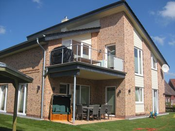 Luxurious holiday house in 5 star segment. New building, garden usage + beach - Erdgeschoß