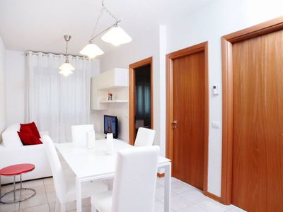 Photo for Bright apartment close to the center, decorated with taste and refinement