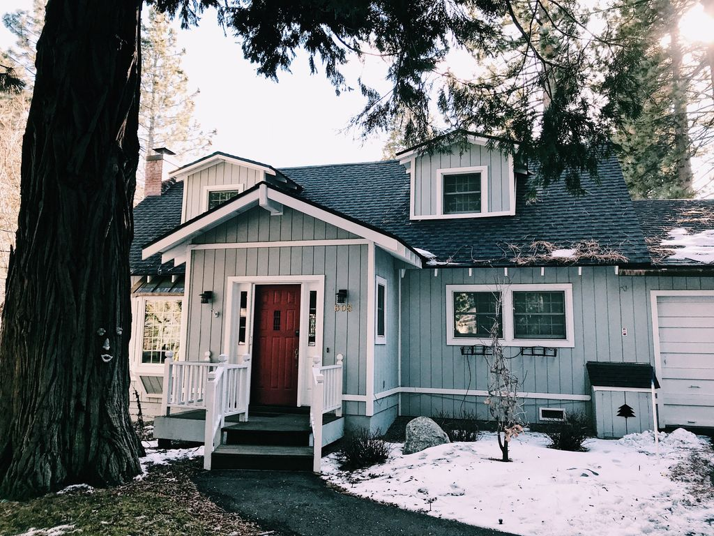 Best all around tahoe city cabin for rent vrbo for Tahoe city cabin rentals