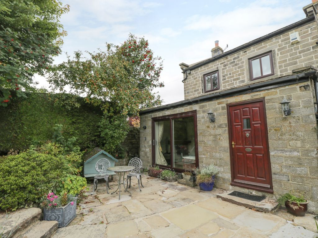 Astonishing Springs Cottage Character Holiday Cottage In Darley Ref 962296 Harrogate Download Free Architecture Designs Crovemadebymaigaardcom