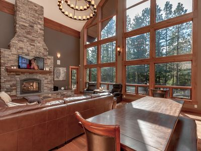Photo for Large Home w/ 4 Master Suites, 4.7 Mi to Suncadia