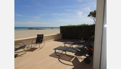 Photo for PALAVAS FLOATS LUXURY APARTMENT 8 PEOPLE ON BEACH PARKING