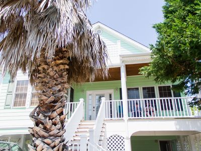 Photo for 1 row off beach - 3 large living areas - Great for Families!