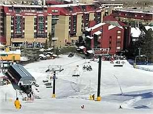 Slopeside-Ski-In/Ski-Out 200 feet from American Eagle Chair!!base to peak 7 min