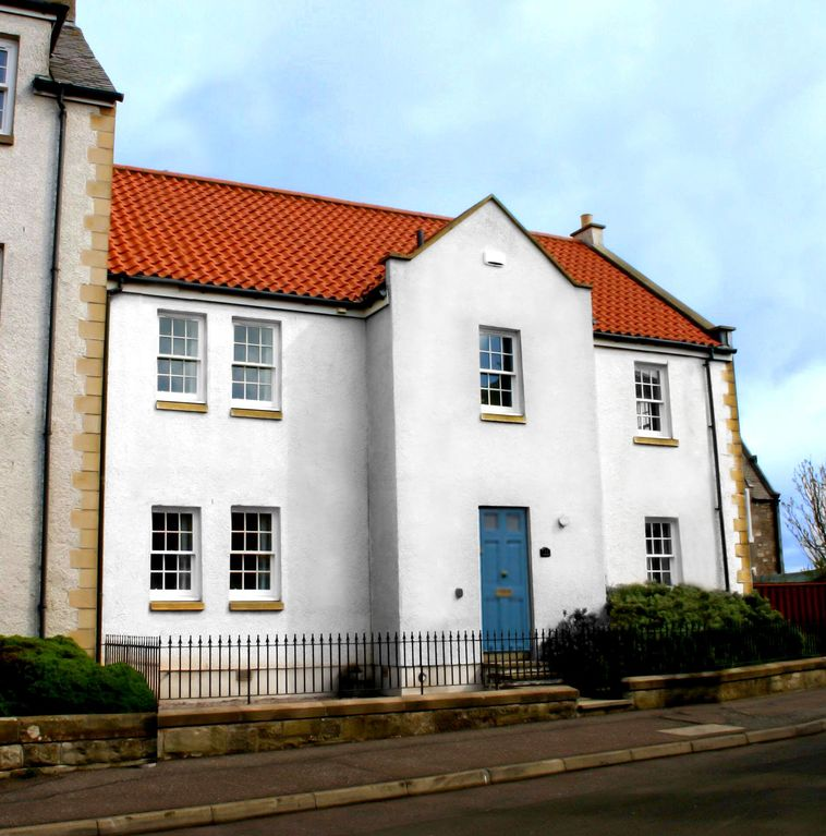 4 Bedroom House Located Above Anstruther Harbour With Sea Views