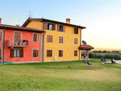 Photo for Apartment Casa Gialla (LAZ171) in Lazise - 6 persons, 2 bedrooms