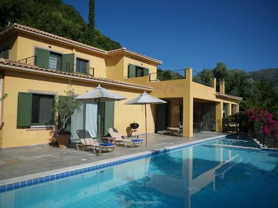 Photo for Villa Anemoni-Lovely family Villa,Infinity Pool, WiFi, A/C,close to facilities