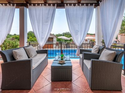 Photo for Beautiful villa with private pool near Porec