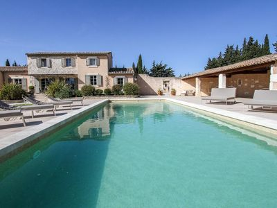 "Photo for The ***** Holiday Home ""Coucourelle"" in Châteaurenard near Avignon"