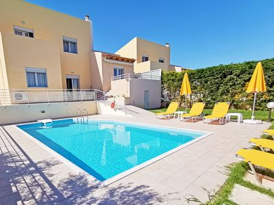 Photo for Three bedroom villa,7 Guests, Private pool,Next to Amenities,Sea & Mountain View