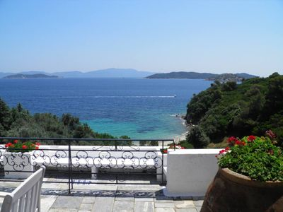 Photo for Skiathos: Beautiful Villa with access to private beach
