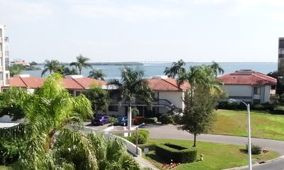 new on the market: beautiful water views on Isla del Sol