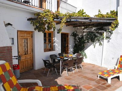 Photo for Salamanquesa - a beautiful holiday villa in an old white Spanish village
